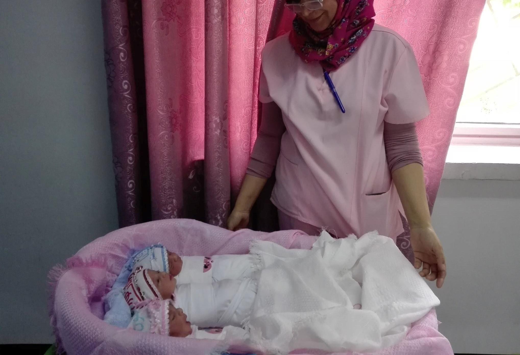 صورة طبيبة عراقية تجري 11 عملية في اقل من 12 ساعة