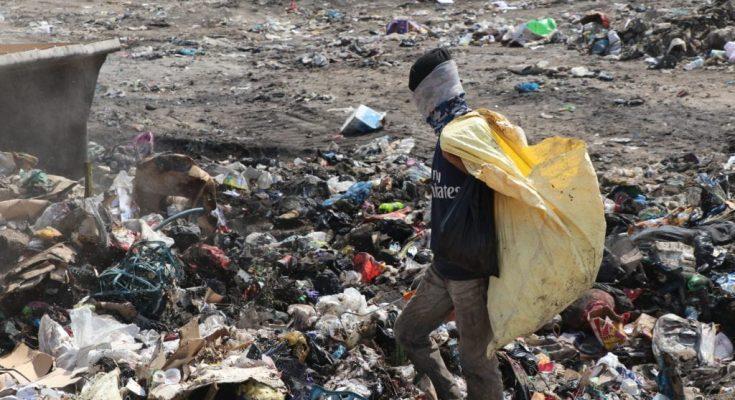 صورة تحرق خارج الضوابط البيئية: النفايات الطبية خطر يهدد حياة العراقيين