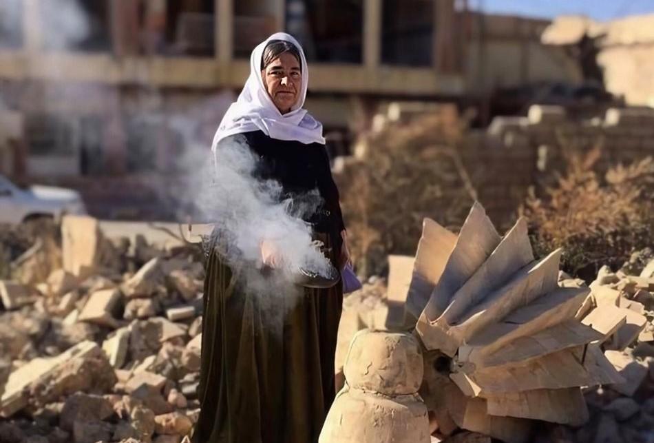 صورة بسبب تعدد مراكز القوى في سنجار: نازحون ايزيديون يعلقون أمل العودة على حبل الانتظار