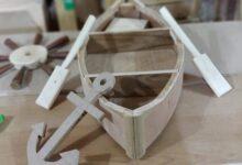 صورة مصمم واسطي يوثّق ثقافة وادي الرافدين بمجسمات خشبية